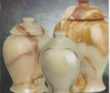 lt-green-onyx-vase