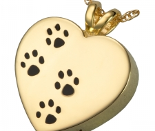 mg-3167g-pawprint-heart
