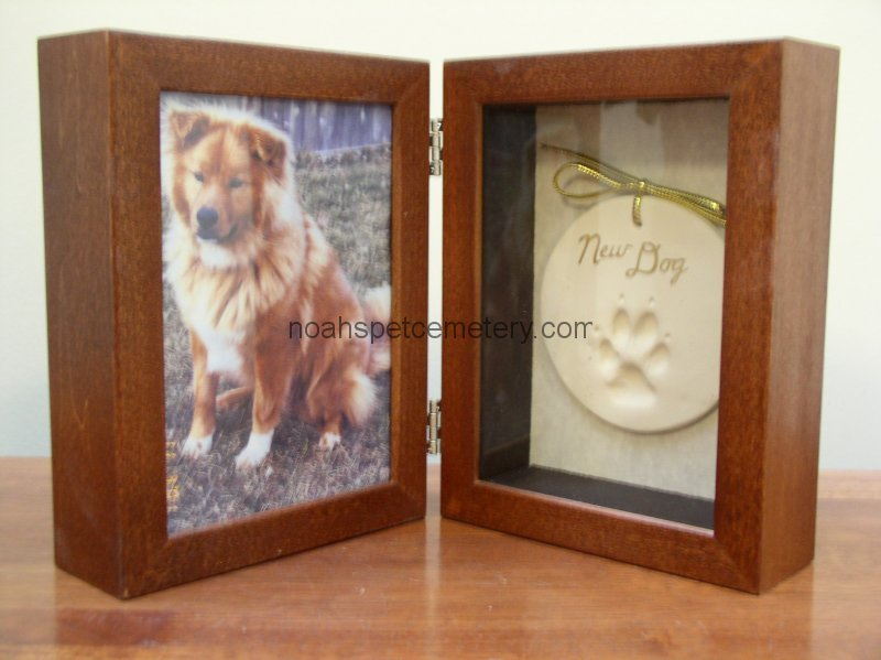Engraved Wood Urns For Pet Cremation Mi Noahs Pet Cemetery
